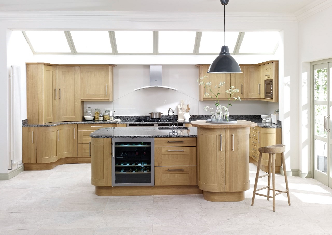 Solid-Light-Oak-Shaker-Price-Group-6
